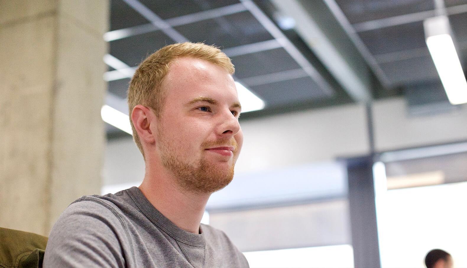 ray discussing cloud desktop workspace
